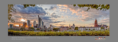 Wide screen shot of the Frankfurt skyline with Eiserner Steg Frankfurt and Cathedral