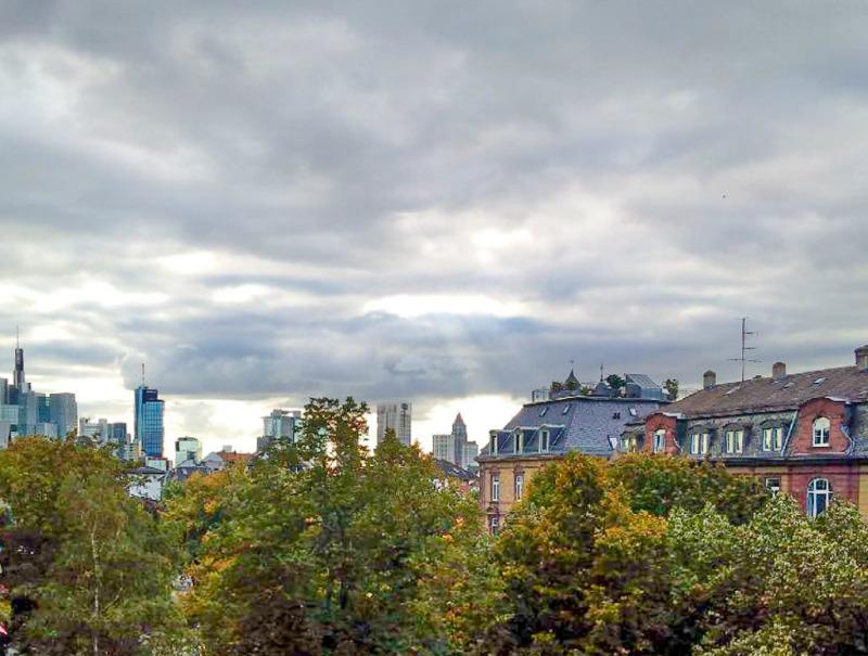 Skylineblick vom Balkon